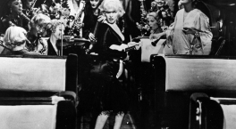 Some Like it Hot - scene with orchestra